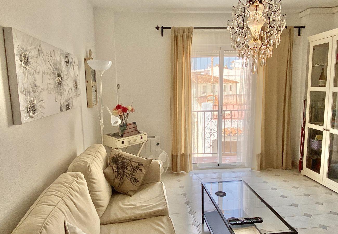 Appartement in Nerja - Apartamento Plaza Cavana